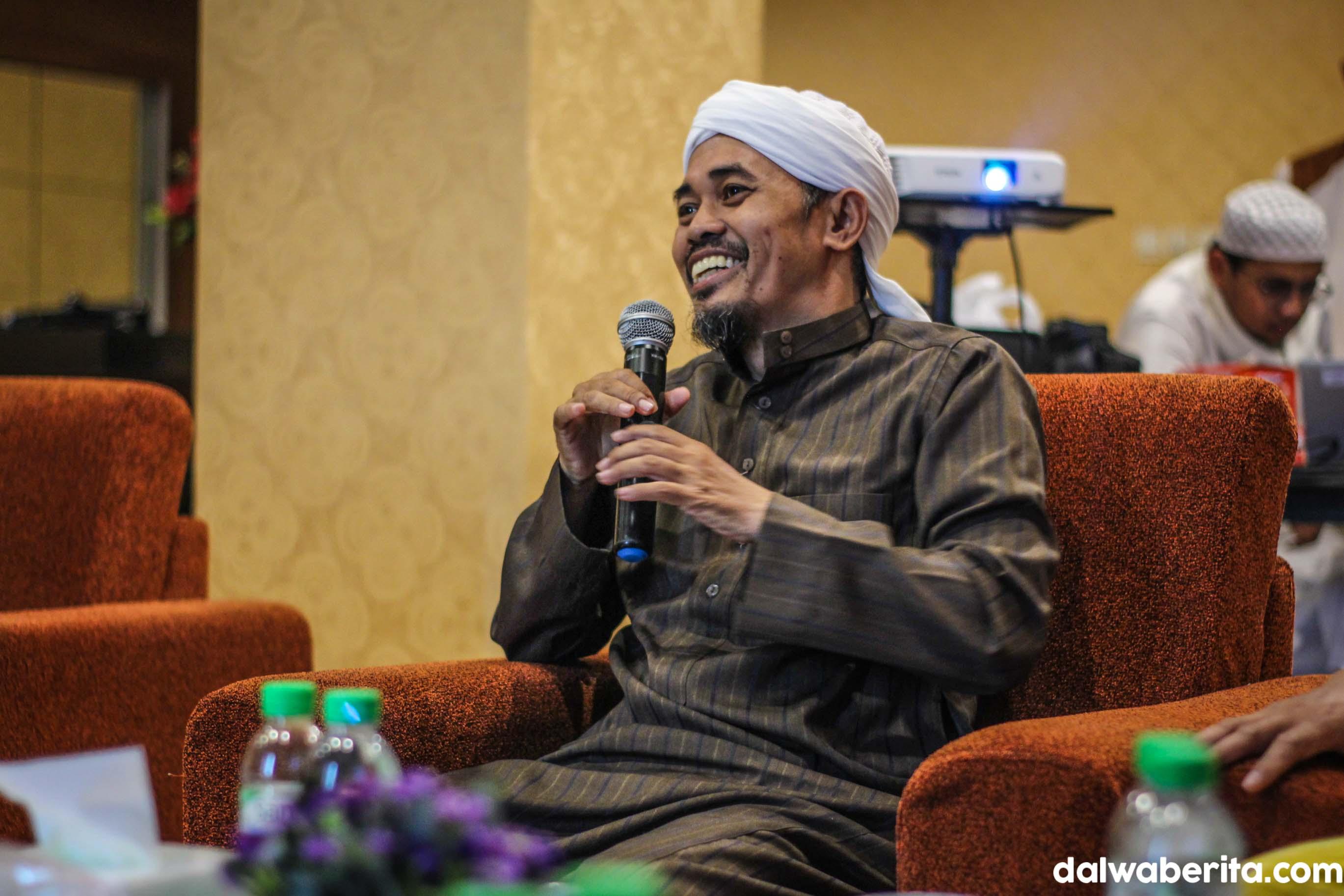 Paparkan Metode Abuya Hasan Mengajar Bahasa Arab Pada Kunjungan Darut Tauhid Ke Dalwa