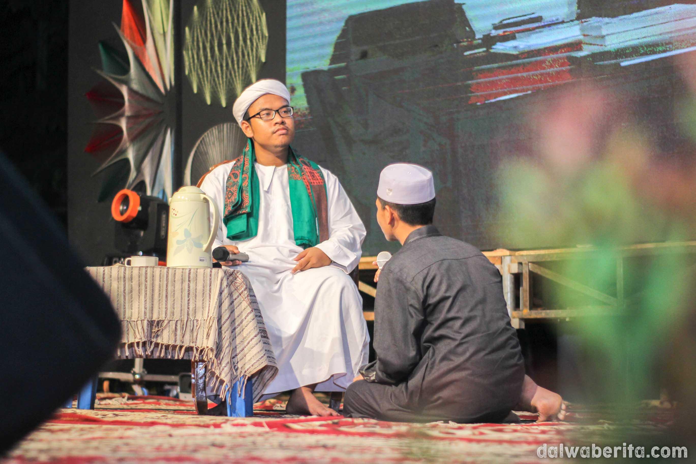 Drama Abuya Hasan Dengan Santri Di Hari Bahasa Arab Sedunia.