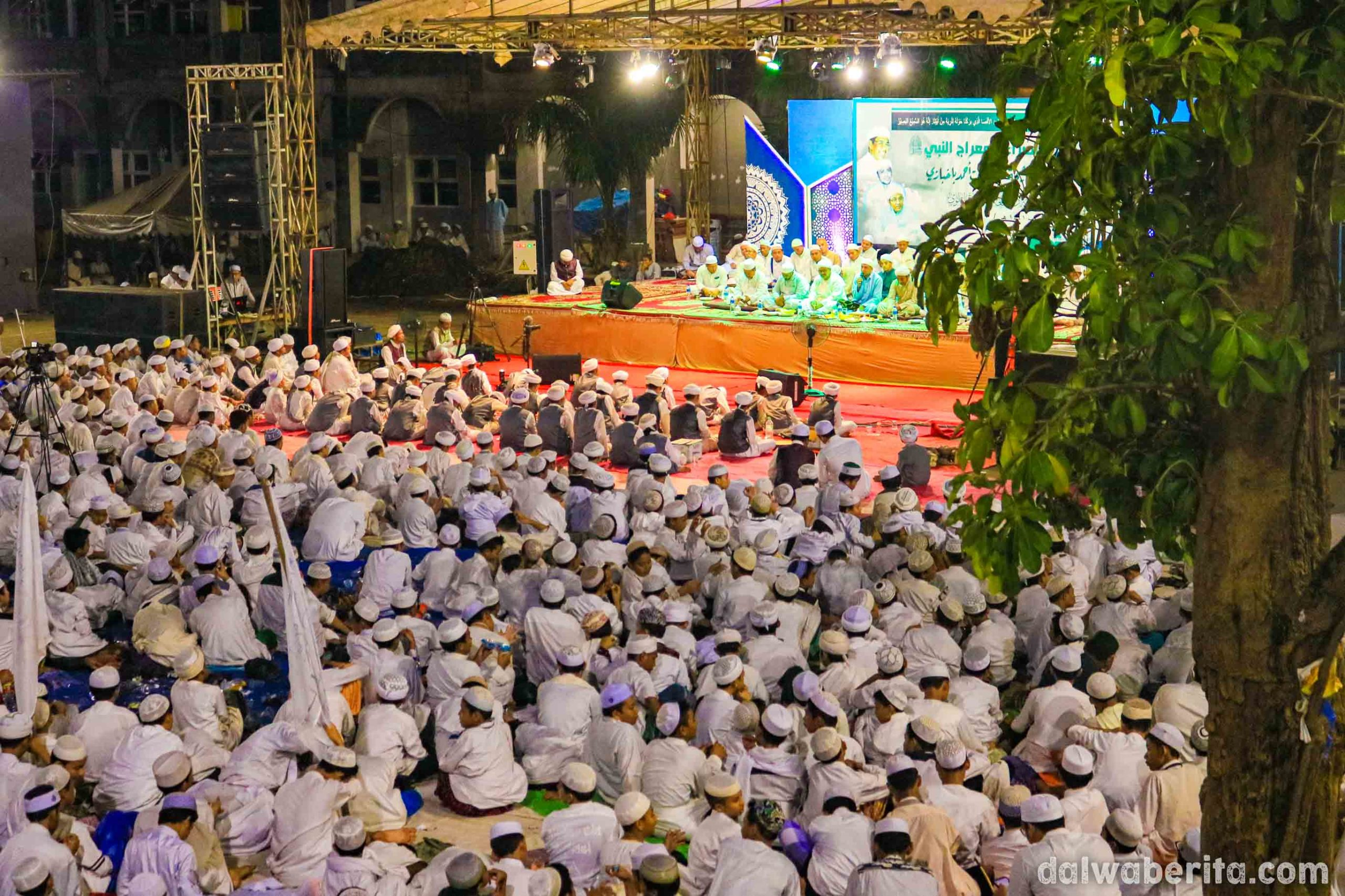 Antusias Dalwa Ba'alawi Saat Rayakan Isra Mi'raj Nabi Muhammad